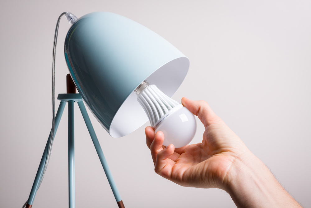 Is It Safe To Leave A Light Bulb Socket Empty Lighting Mode